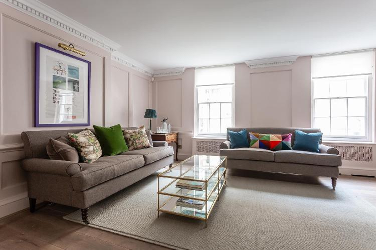 cool sitting area in Westminster - Ormond Yard luxury apartment