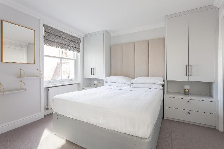 spacious Notting Hill - Dawson Place IV luxury apartment