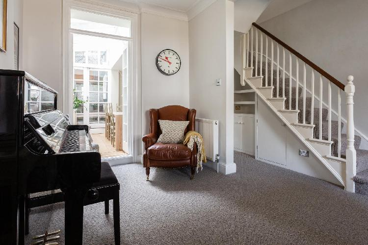 cool multilevel Hampstead - New End Terrace luxury apartment, holiday home, vacation rental