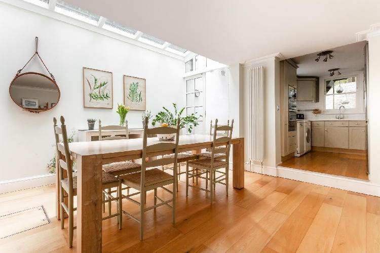 nice Hampstead - New End Terrace luxury apartment, holiday home, vacation rental