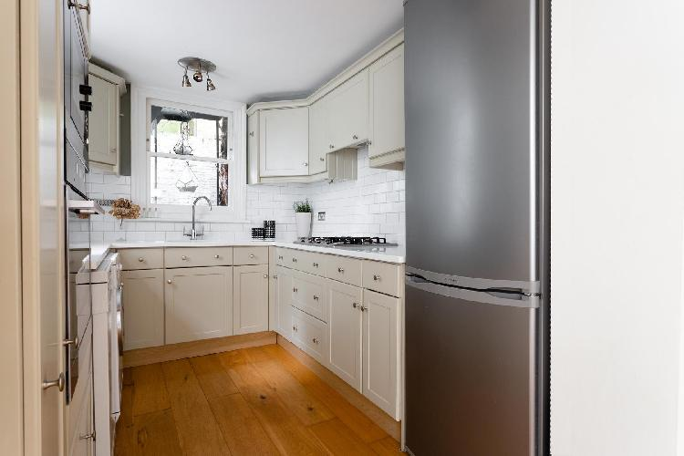 fully furnished Hampstead - New End Terrace luxury apartment