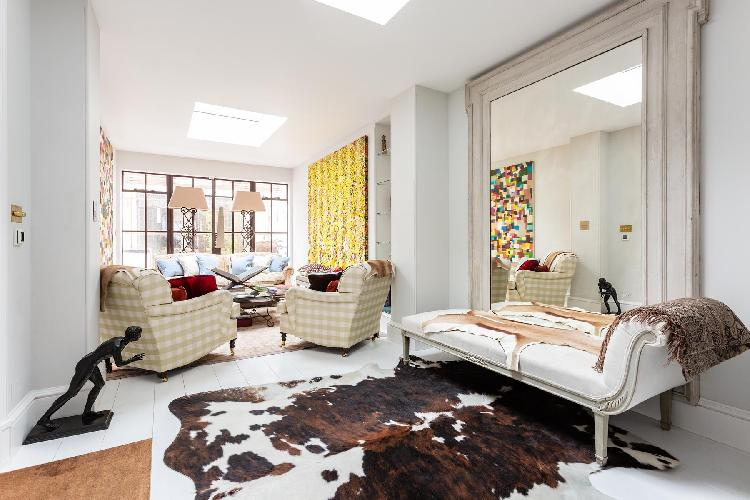 chic Chelsea - Justice Walk II luxury apartment, holiday home, vacation rental