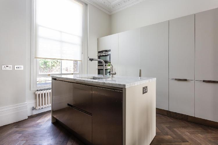 cool modern kitchen of Kensington - Stafford Terrace II luxury apartment
