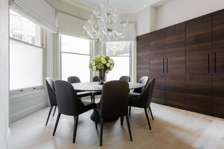 pleasant dining room of South Kensington - Thistle Grove luxury apartment