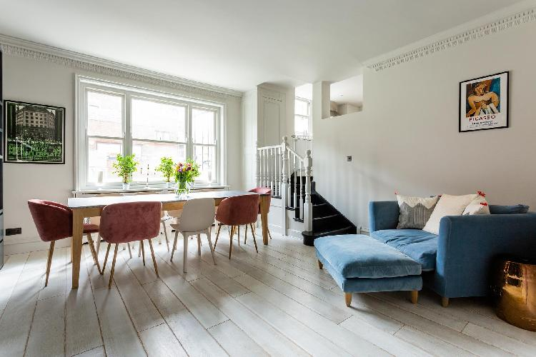 cool living room of Notting Hill - Pembridge Square III luxury apartment