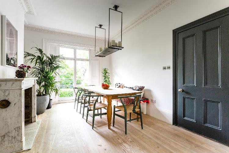 cool dining room of Kensington Park Road VII luxury apartment