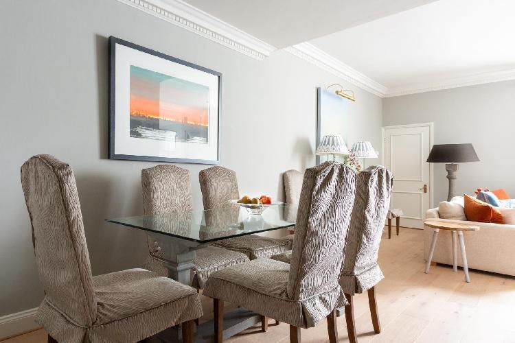 cool dining room of Pimlico - Claverton Street luxury apartment