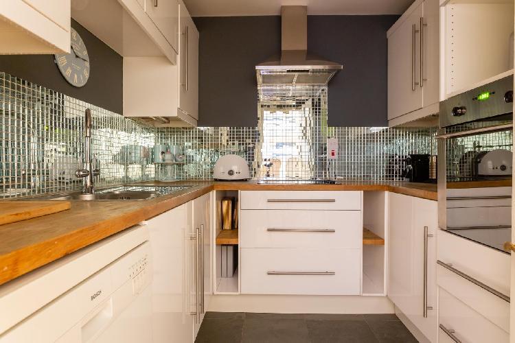 fully furnished Pimlico - Claverton Street luxury apartment