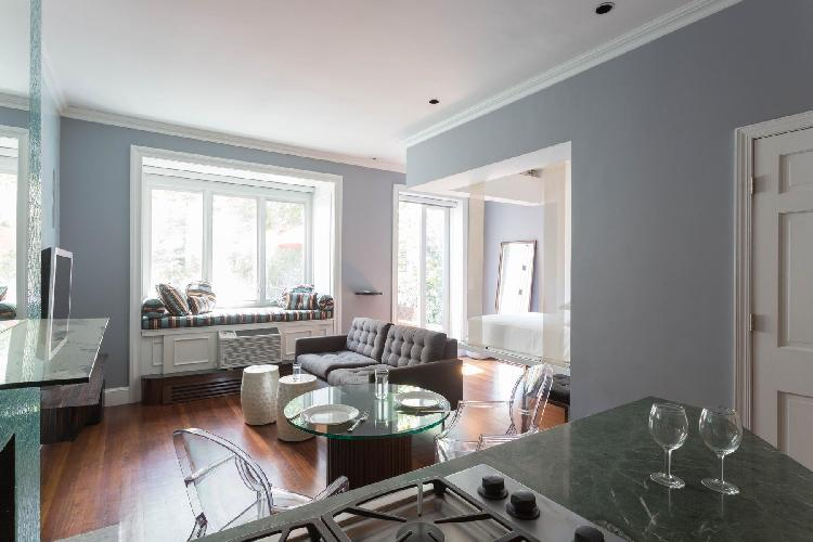 delightful New York Central Park Studio luxury apartment