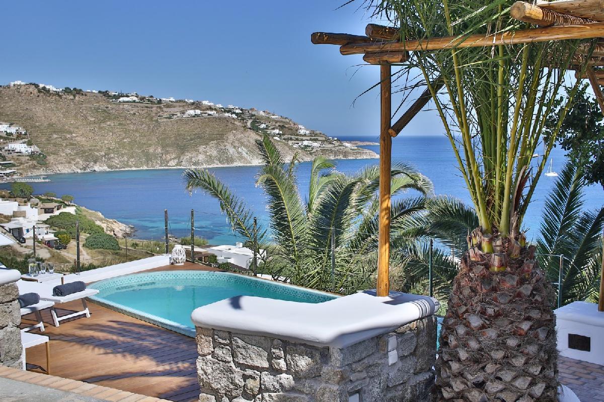 Villa Athena, Mykonian style villa with sea view and swim spa pool