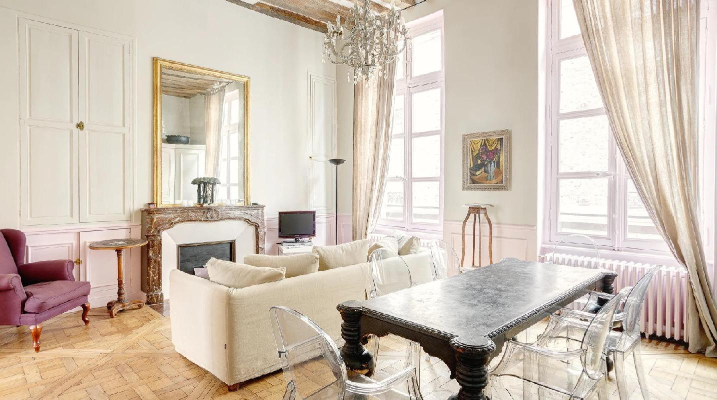 fabulous Saint Germain des Pres Odeon luxury apartment, holiday home, vacation rental