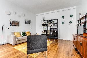well-appointed luxury apartment and vacation rental