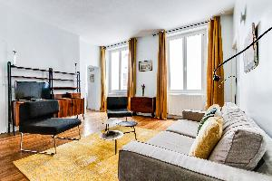 airy and sunny luxury apartment and vacation rental