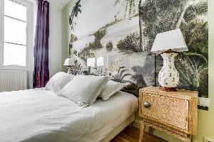 breezy and bright luxury apartment and vacation rental