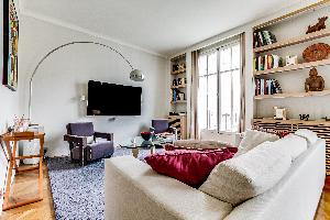 airy and sunny Ternes luxury apartment, vacation rental