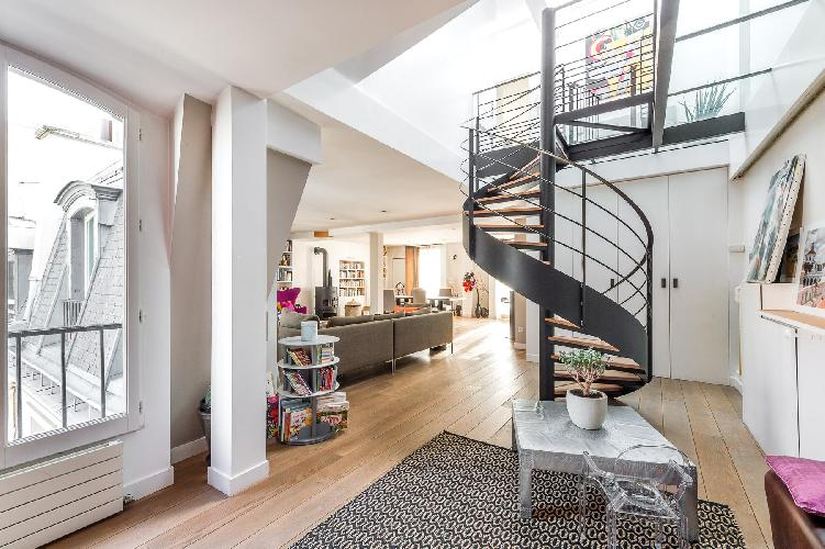 sunny and airy Rue de la Victoire luxury apartment and vacation rental