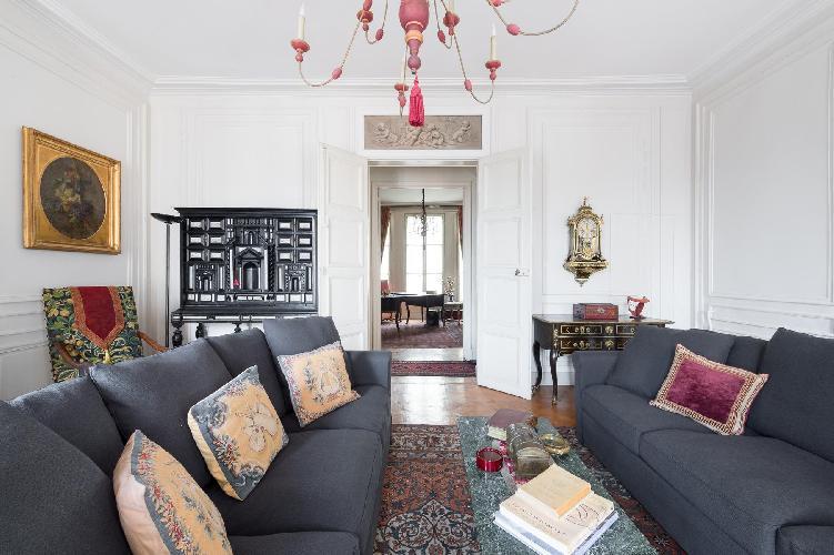 nice Saint-Germain-des-Prés - Rue Bonaparte  luxury apartment