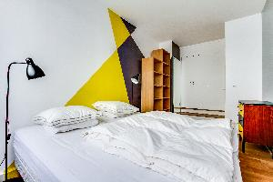 pristine bedding in Montparnasse - Premiere luxury apartment and vacation rental