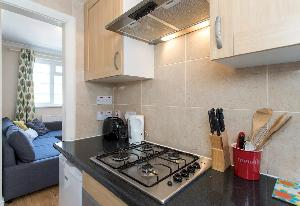 modern appliances in the kitchen of Edgware Road luxury apartment and vacation rental