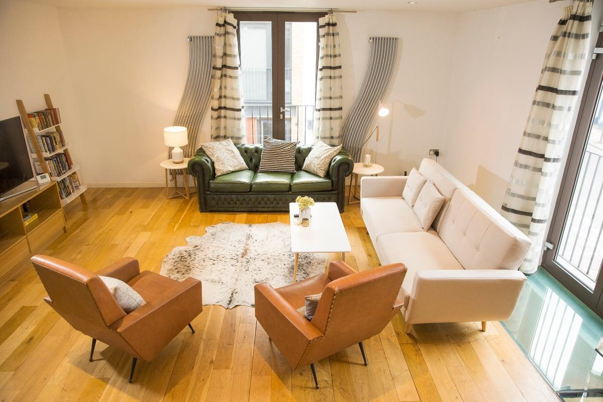 charming Holborn Lights luxury apartment and vacation rental
