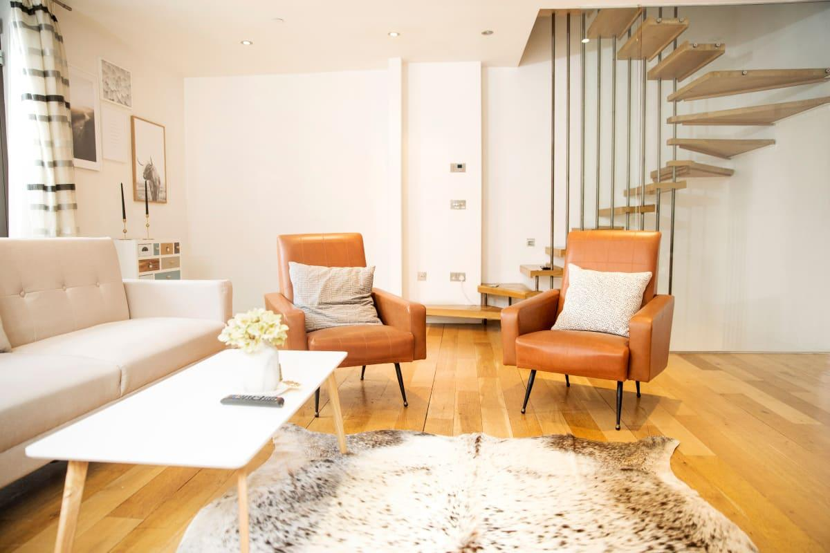 cool multilevel Holborn Lights luxury apartment and vacation rental