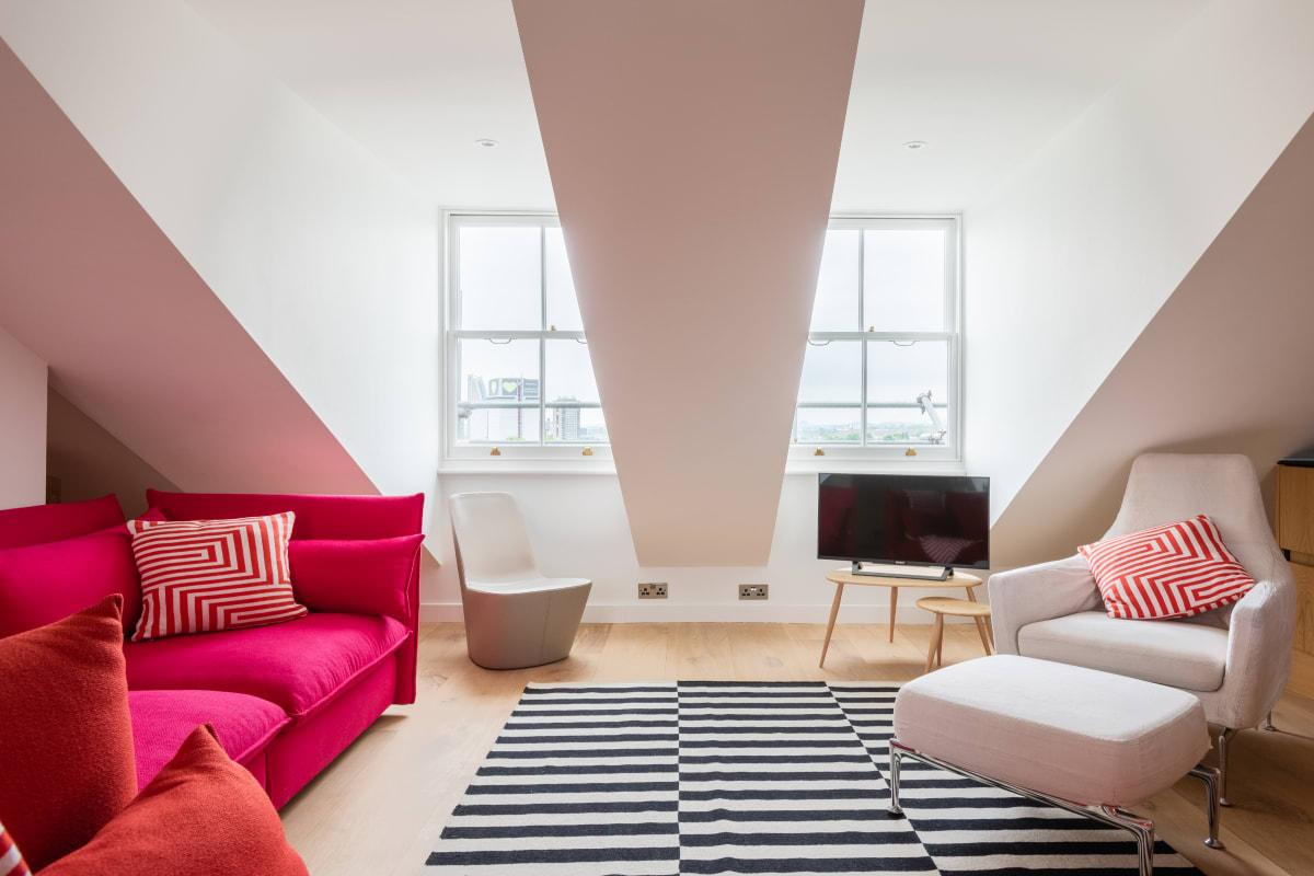 fun Lansdowne Crescent luxury apartment and vacation rental