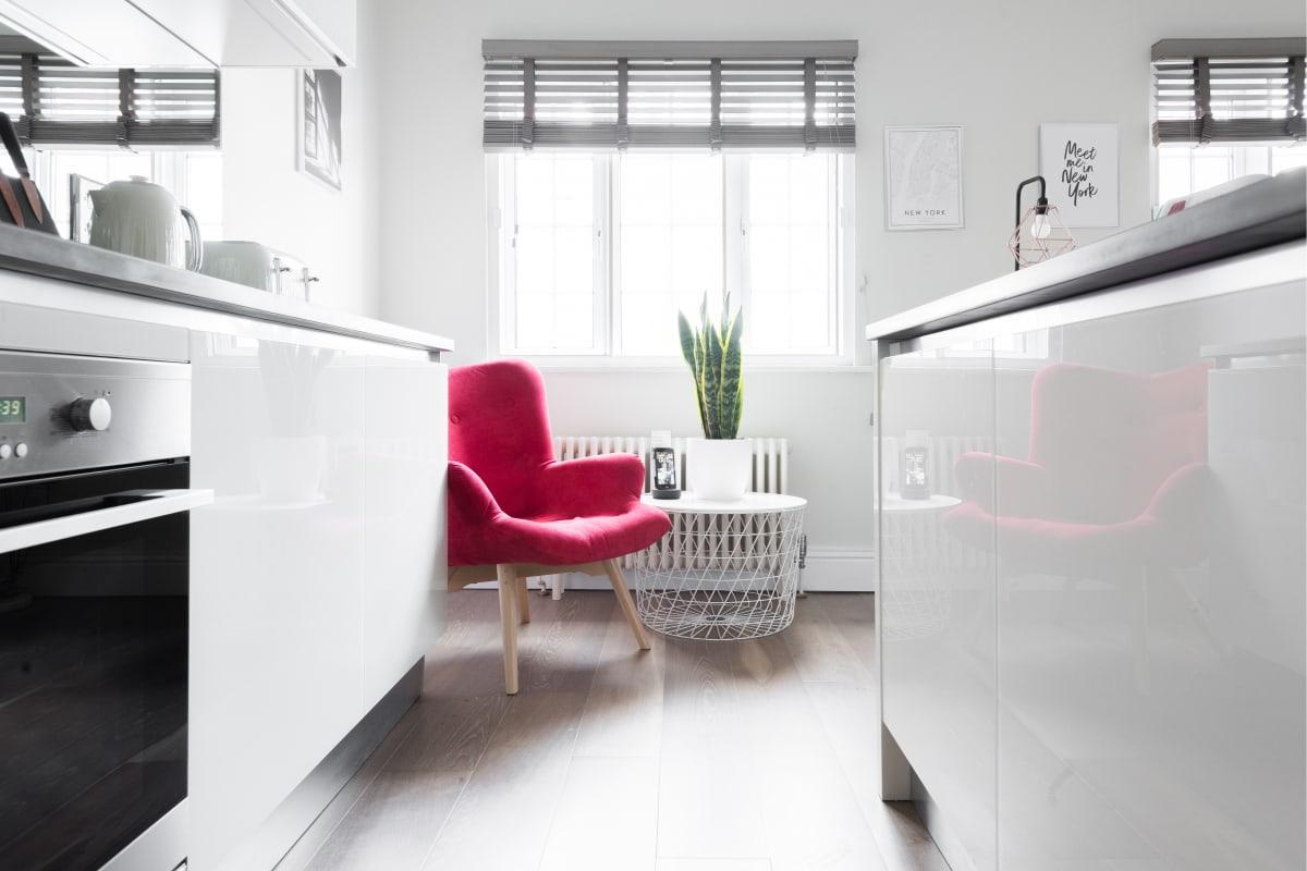 swank kitchen of Soho Studio luxury apartment and vacation rental