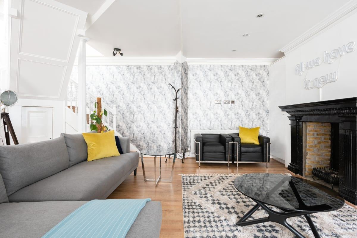 neat Paddington Mews luxury apartment and vacation rental