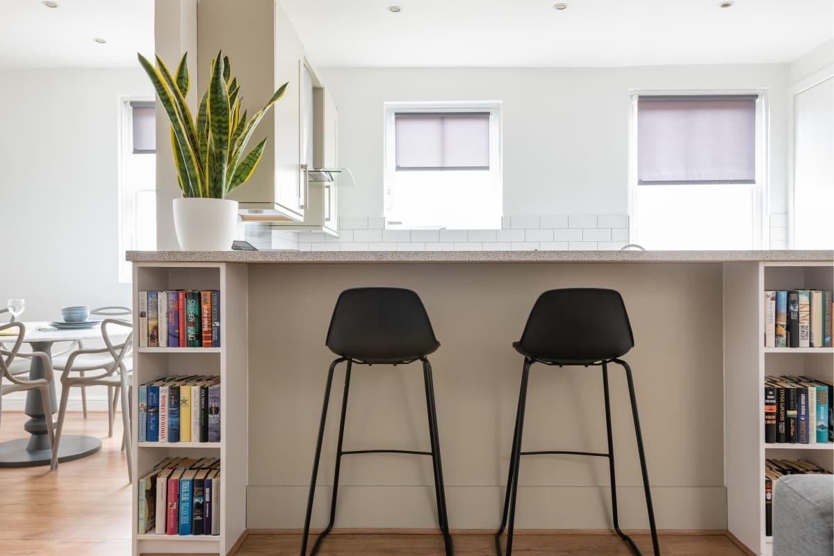 cool breakfast bar of Paddington Mews luxury apartment and vacation rental