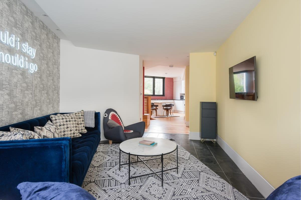 spacious The Camden Chalet luxury apartment and vacation rental