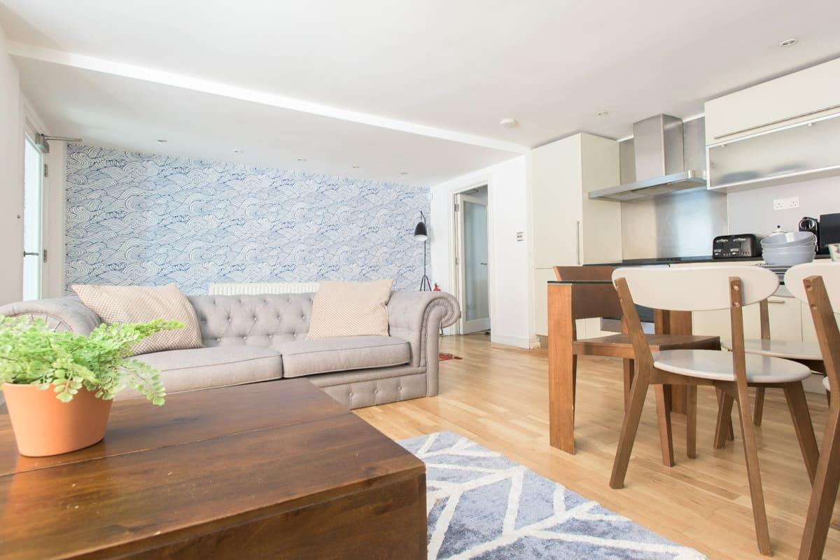 nice Paddington Maisonette luxury apartment and vacation rental