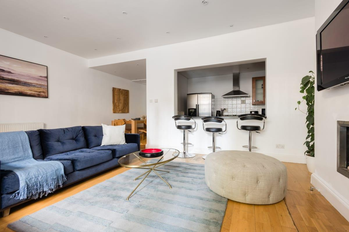 nice The Bayswater Gardens luxury apartment and vacation rental