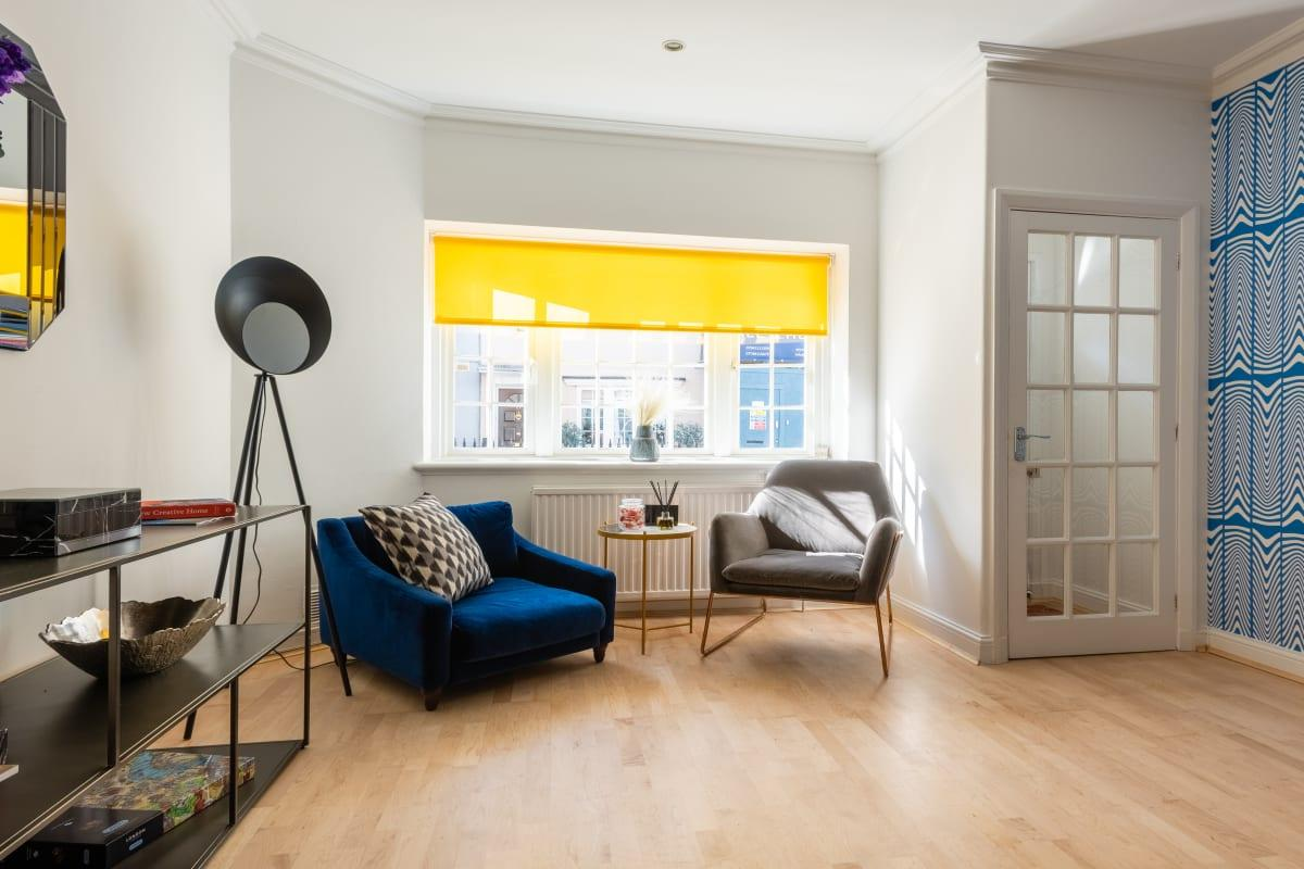 spacious South Kensington Place luxury townhouse and vacation rental