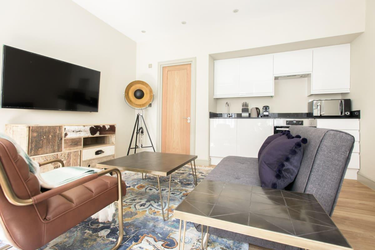 fully furnished Mayfair Parade luxury apartment and vacation rental