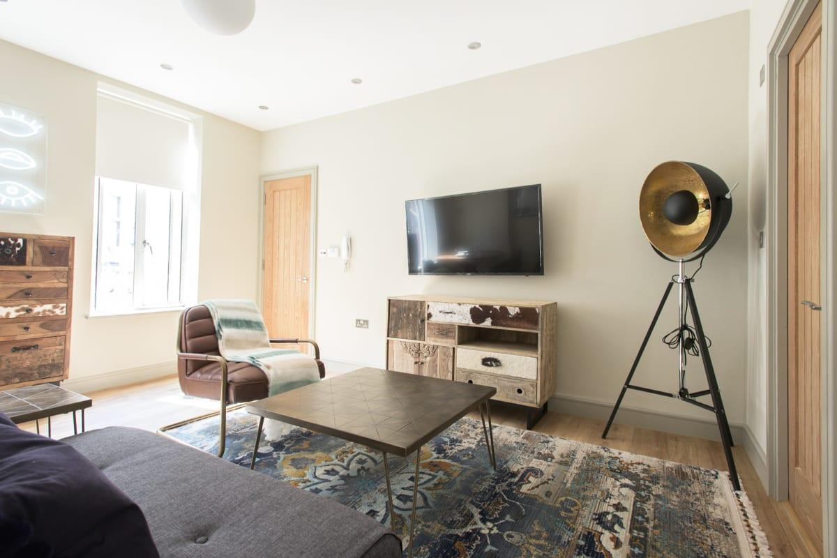 breezy and bright Mayfair Parade luxury apartment and vacation rental