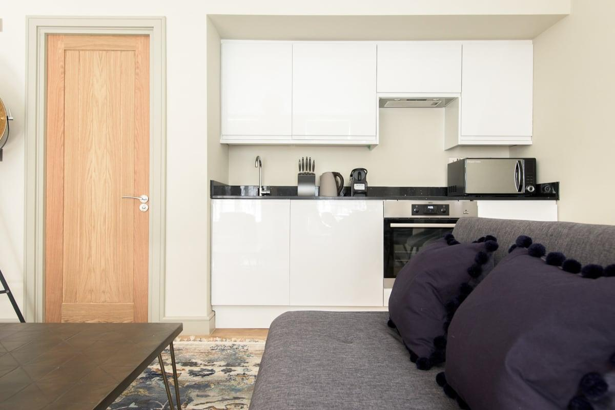 modern kitchen appliances in Mayfair Parade luxury apartment and vacation rental