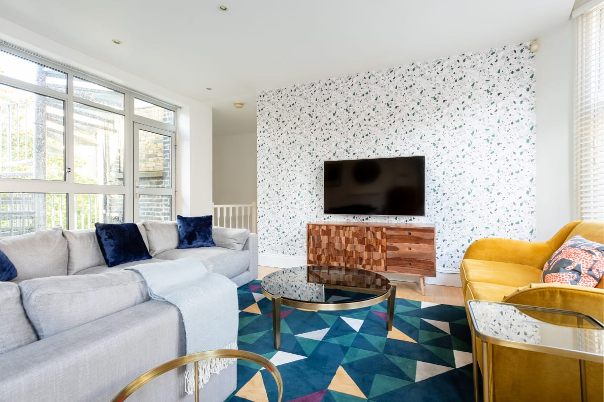 The Northington Heights - Bright & Stylish 2BDR with Rooftop Terrace