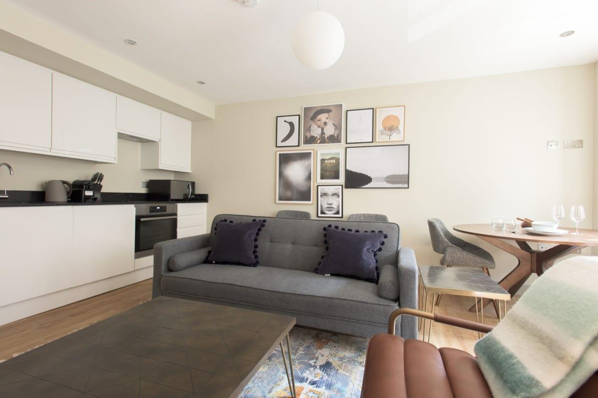 The New Bond Street Loft - Modern 1BDR City Centre Apartment