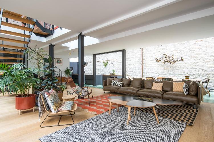 awesome Canal Saint-Martin - République - Villa du Lavoir luxury vacation rental