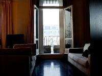 spacious Tour Eiffel - Place des Etats Unis luxury apartment