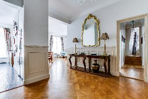 neat and nice Marais - Francs Bourgeois luxury apartment