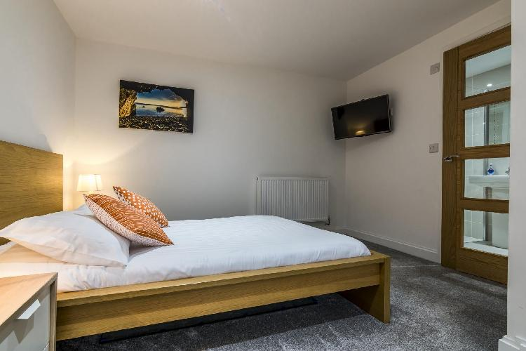 Ty Gwyn - 4 Bedroom Holiday Home - Saundersfoot