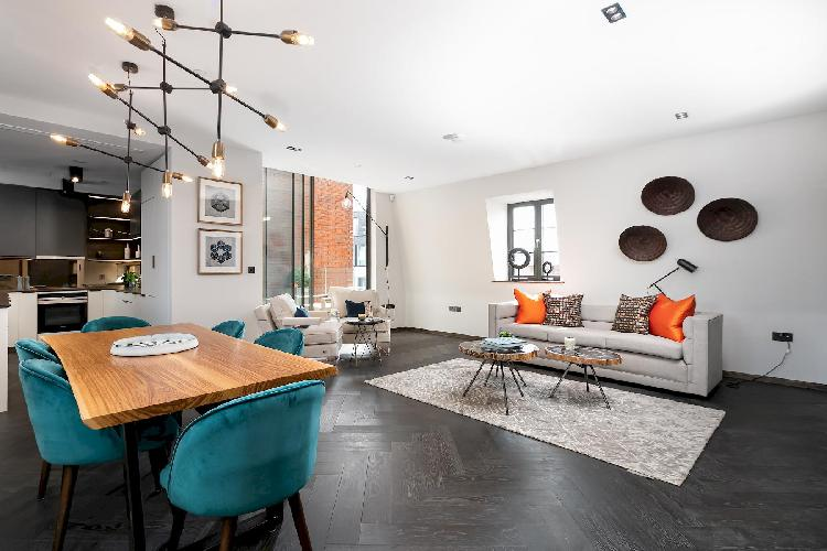 Great Marlborough St. IX, splendid 2br apartment, rooftop by LOVELYDAYS