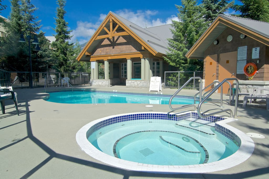 Private Hot Tub,Whistler village, Pool -Renovated
