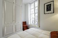 generous windows of Saint Germain des Prés - Dragon I luxury apartment
