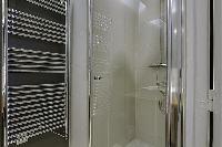 fresh and clean toilet and bath in Saint Germain des Prés - Dragon I luxury apartment