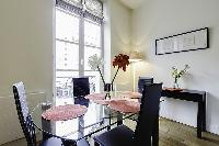 chic and cheerful Saint Germain des Prés - Dragon I luxury apartment