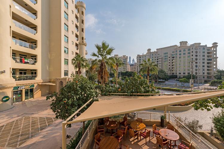 Lovely Palm Jumeriah Apartment   2 Bedroom   Shoreline 4