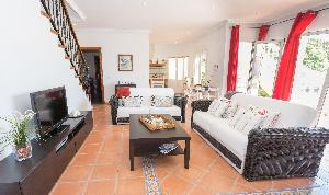 La Cala Beauty - Spacious 1BR Apartment With Private Pool by Rafleys