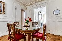 well-appointed Saint Germain des Pres - Rennes II luxury apartment